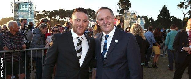 New Zealand captain Brendon McCullum with prime minster John Key