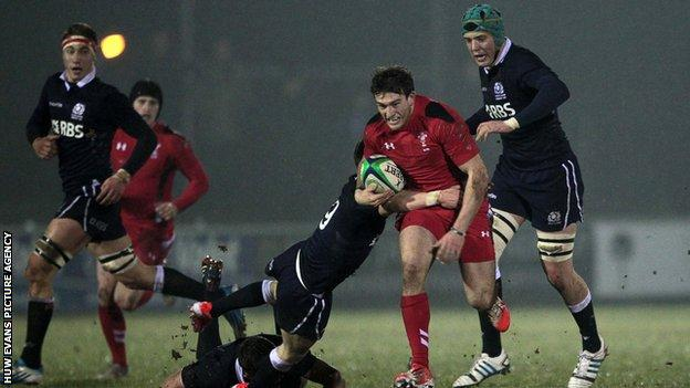 Wales' Garyn Smith in action against Scotland