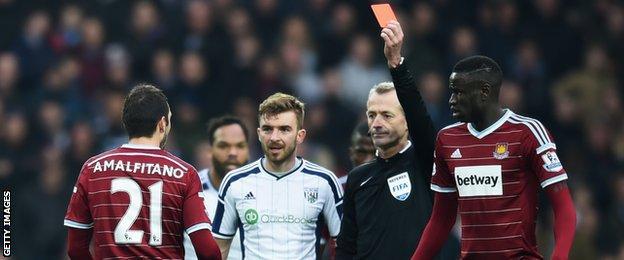 West Ham's Morgan Amalfitano is sent off