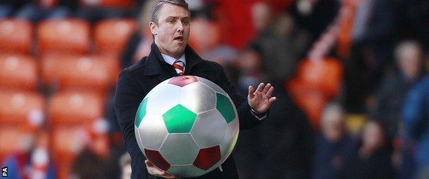 Blackpool boss Lee Clark