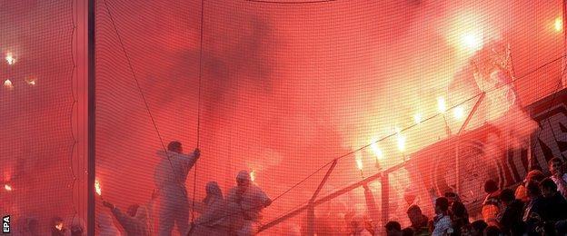 Fans set of flares