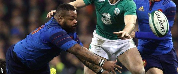 Mathieu Bastareaud offloads out of the tackle for France