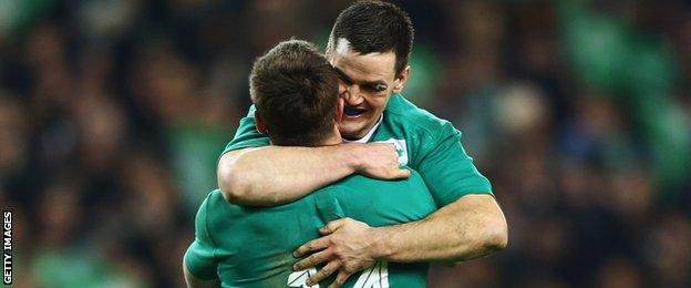 Johnny Sexton embraces Tommy Bowe