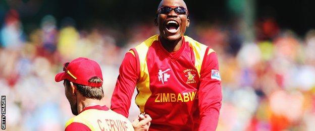 Zimbabwe's Craig Ervine and Tafadzwa Kamungozi