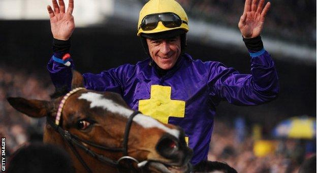 Davy Russell won the Gold Cup on Lord Windermere