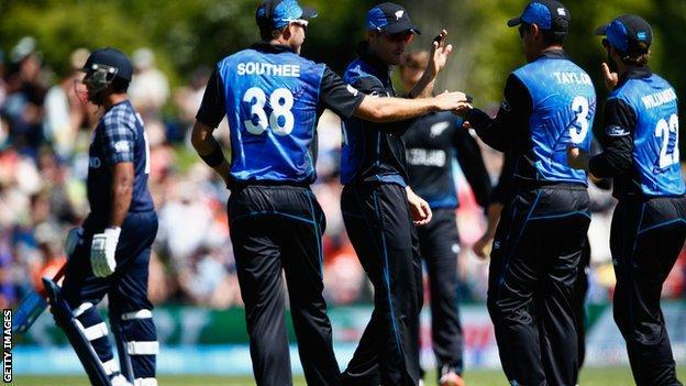 New Zealand celebrate in Dunedin