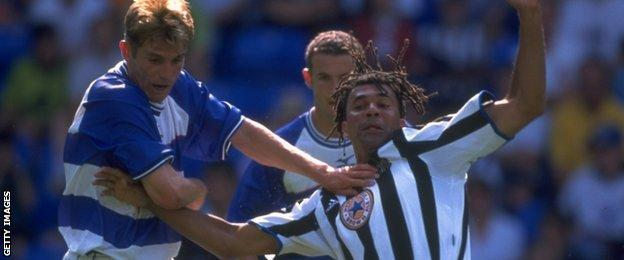 Phil Parkinson and Ruud Gullit