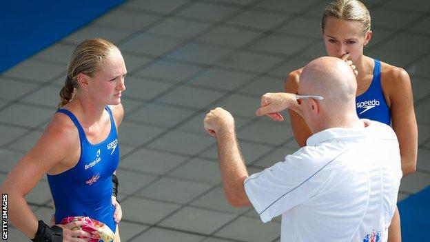Sarah Barrow (left) and Tonia Coach with coach Andy Banks
