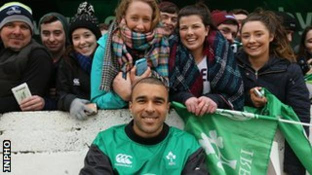 Simon Zebo poses with fans during Ireland's open training session in Galway