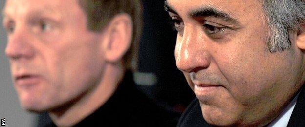 Fawaz Al Hasawi (right) and former Nottingham Forest boss Stuart Pearce