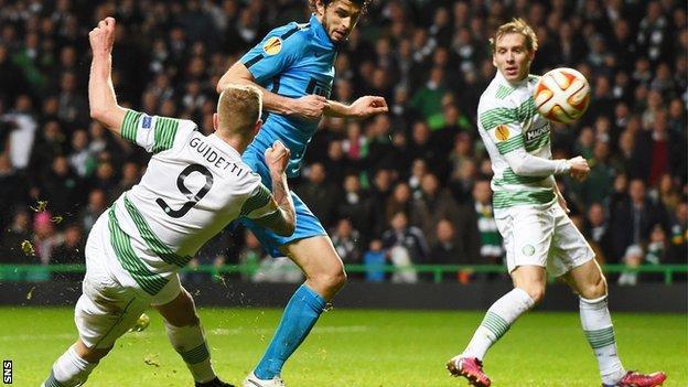 Celtic's John Guidetti hammers in the equaliser