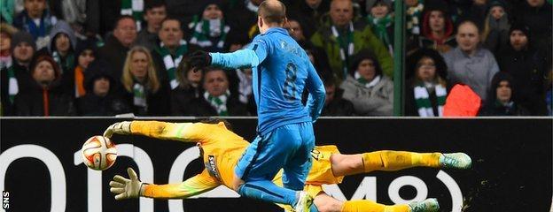 Craig Gordon's error allowed Rodrigo Palacio to put Inter 3-2 ahead