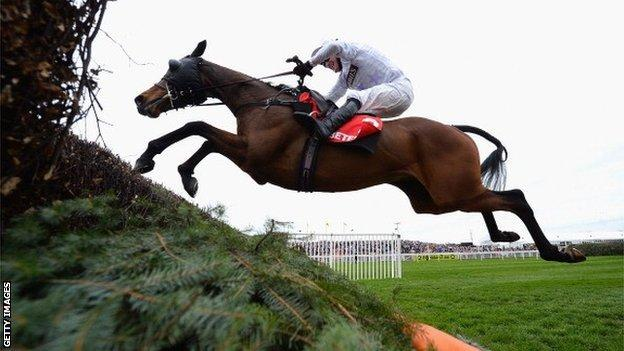 Holywell won at the Aintree Grand National meeting in 2014