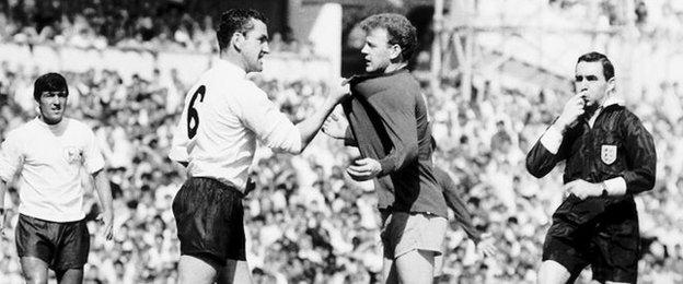 Dave Mackay and Billy Bremner