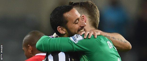 David De Gea and Jonas Gutierrez embrace after the latter's return to action