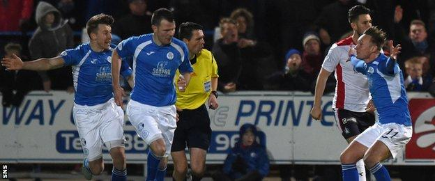 Queen of the South players felt they should have been awarded a late penalty for handball.