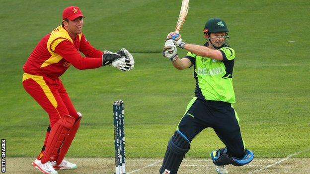 Ed Joyce hits out during his third ODI century