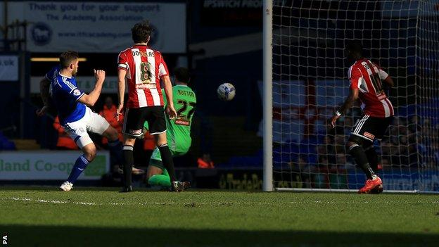 Daryl Murphy scores against Brentford