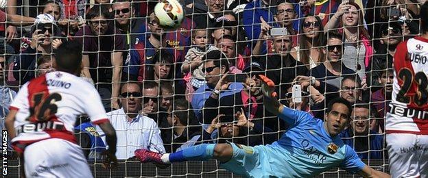 Alberto Bueno scores a penalty