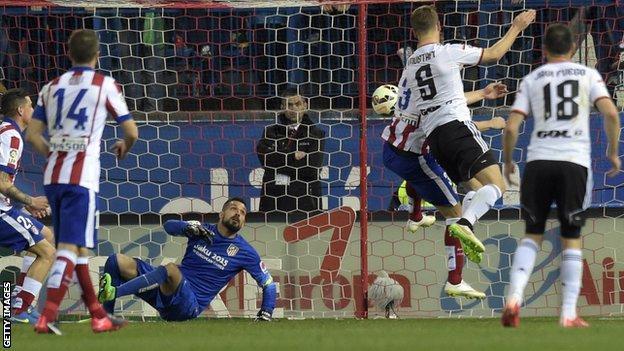 Shkodran Mustafi scores against Atletico Madrid