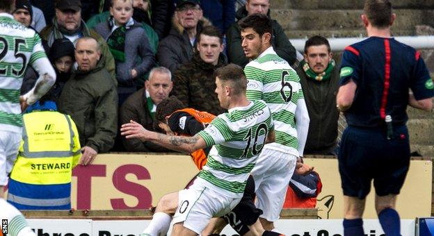 Anthony Stokes challenges United's Aidan Connolly