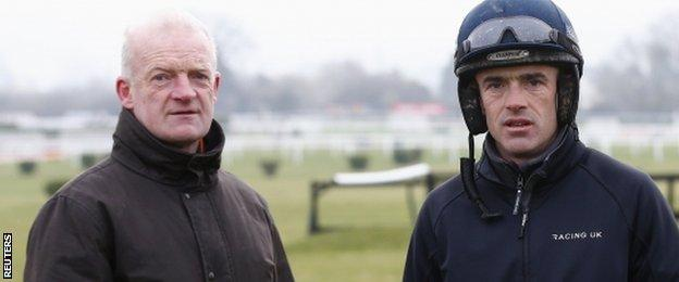 Willie Mullins (l) and Ruby Walsh