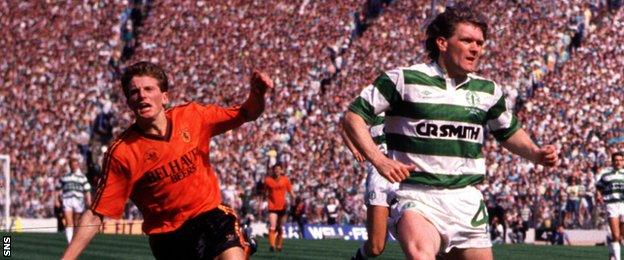 Kevin Gallacher wheels away in celebration after scoring against Celtic in the 1988 Scottish Cup final.