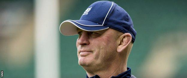"In Vern Cotter, Scotland have a ""shrewd coach"", says Carling"