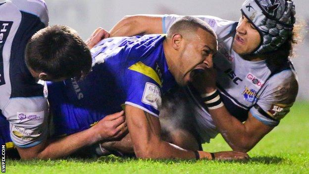 Kevin Penny raced in put Warrington ahead with a first-half try