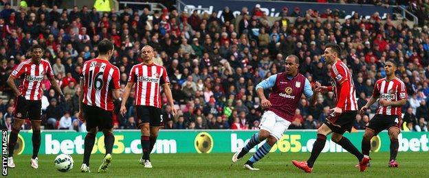 Gabby Agbonlahor scores for Villa