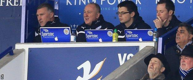 Leicester manager Nigel Pearson (far left)