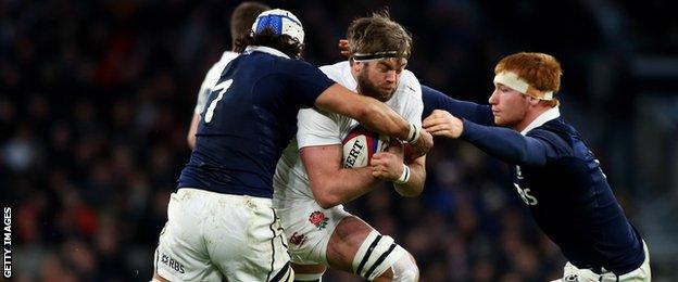 Blair Cowan and Rob Harley tackle England's Geoff Parling