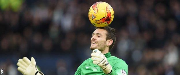 Craig Gordon kept another clean sheet as Celtic lifted the Scottish league Cup.