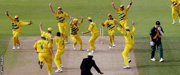 South Africa lose the 1999 World Cup semi-final