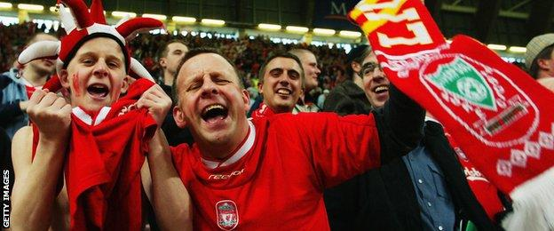 Liverpool fans celebrate their League Cup success in 2003