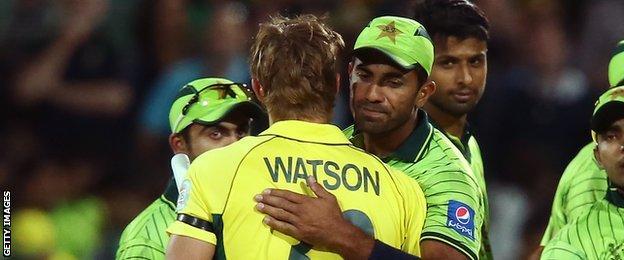 Shane Watson and Wahab Riaz embrace