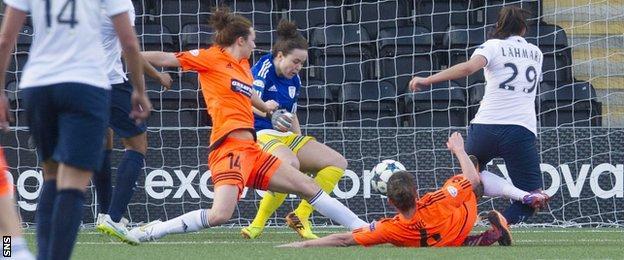 Paris Saint-Germain's Anissa Lahmari (29) fires the visitors into the lead.