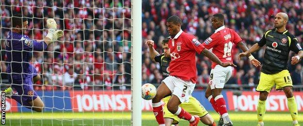 Mark Little pokes in Bristol City's second goal