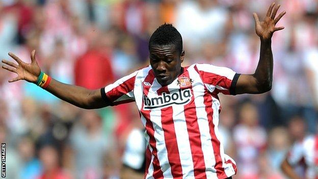Asamoah Gyan in Sunderland colours