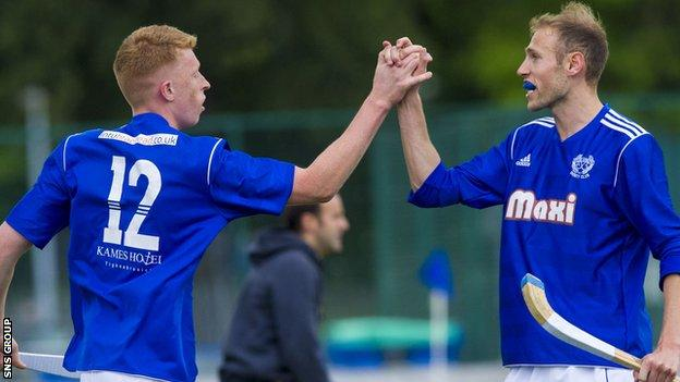 Kyles Athletic striker Roddy Macdonald (left)