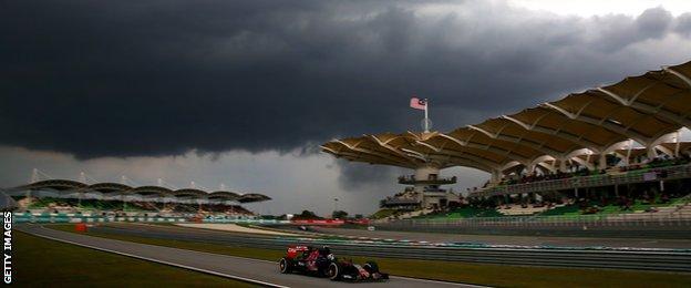 Storm gathers at the Malaysian Grand Prix