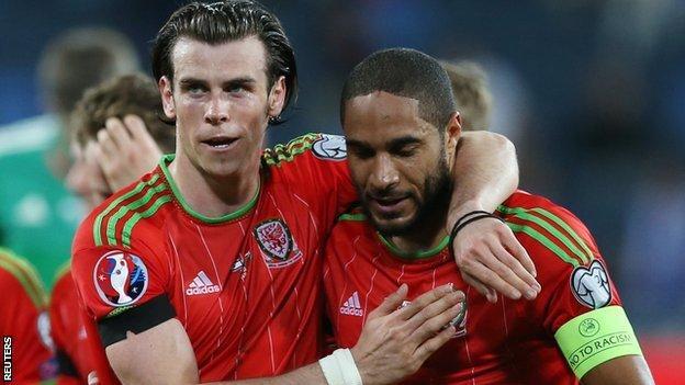 Wales' Gareth Bale and Ashley Williams