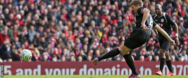 Steven Gerrard penalty
