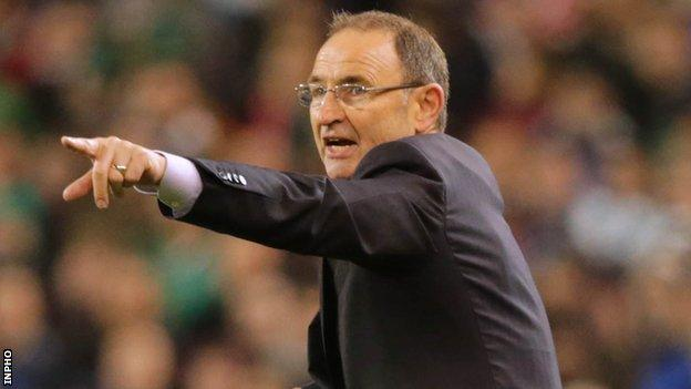Martin O'Neill shouts out instructions to his Republic of Ireland players in Sunday's 1-1 draw against Poland