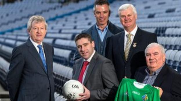 Ireland manager Joe Kernan with selectors Darragh O Se and Padraic Joyce along with GAA Director-General Paraic Duffy and GAA President Aogan O Fearghail.