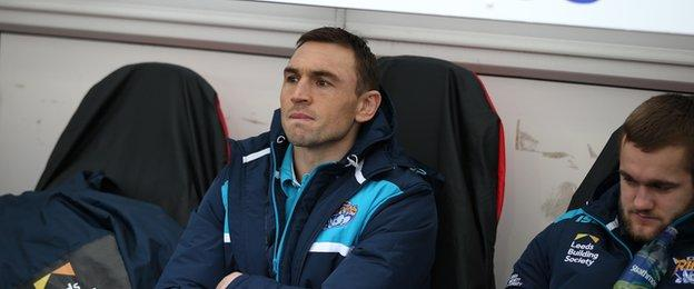 Kevin Sinfield on the Rhinos bench at Castleford