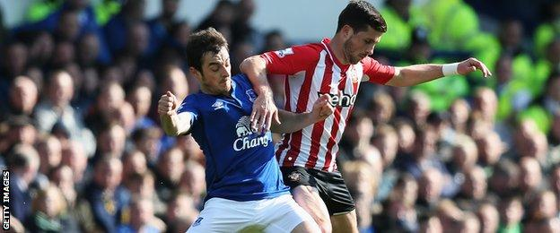 Everton's Leighton Baines and Southampton's Shane Long