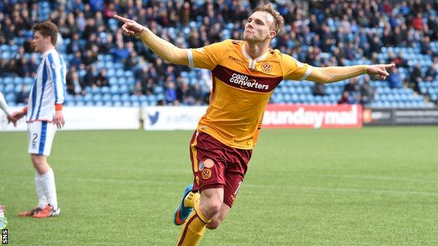Lee Erwin's goal gave Motherwell all three points