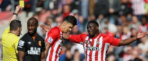 Southampton midfielder Victor Wanyama is booked