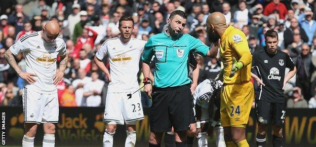 Referee Michael Oliver had several tricky decisions to make during the Swansea v Everton game